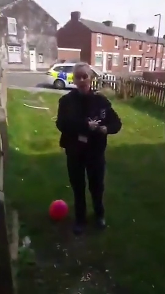 The police officer said 'the virus does not stop on your front garden'