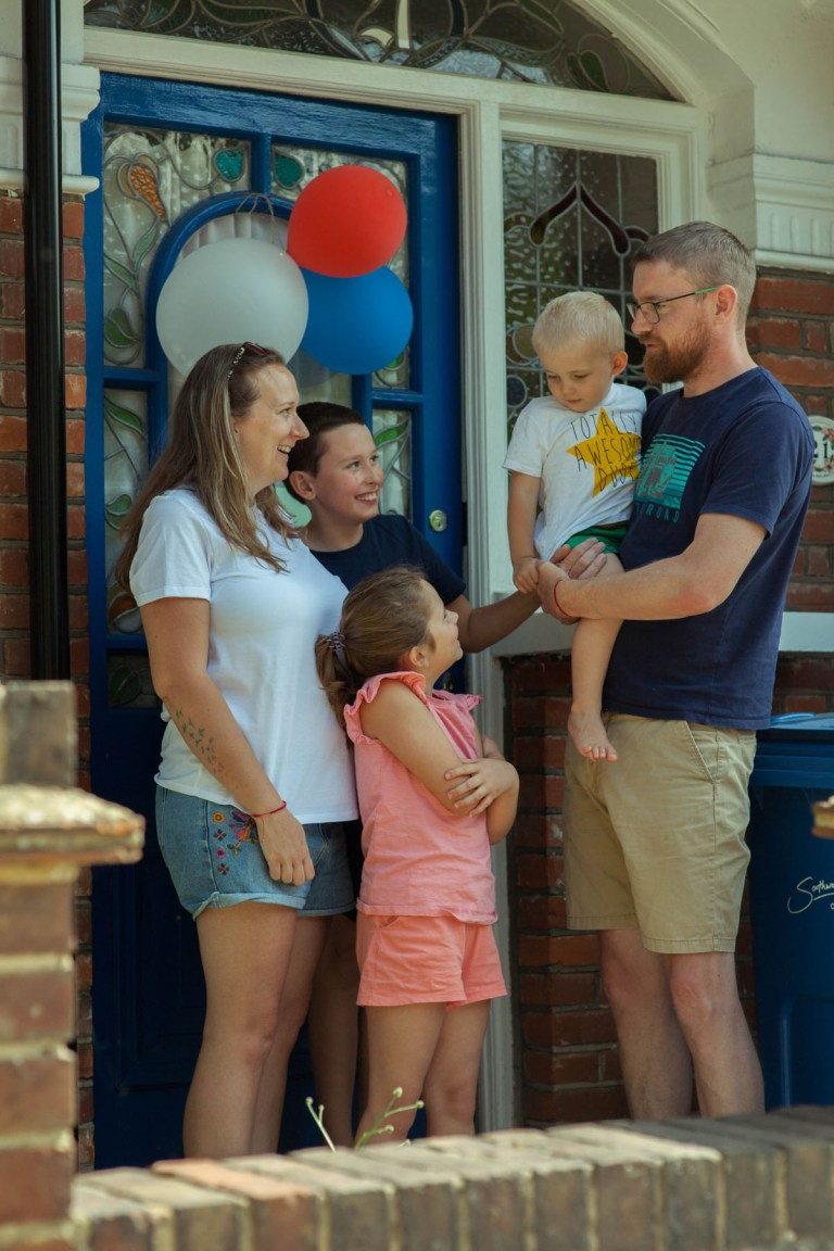 Fran Nelson's doorstep portraits: Leanne and her family