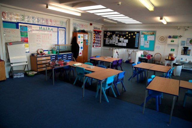 A general view inside an empty classroom at a primary school in Hertford, after the majority of schools in the UK closed while the spread of the coronavirus disease (COVID-19) continues. Hertford, Britain March 20, 2020. REUTERS/Andrew Couldridge