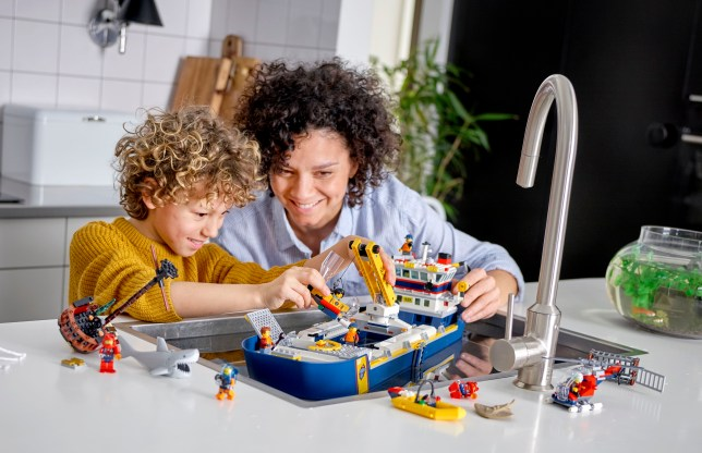 Lego Ocean Exploration Ship