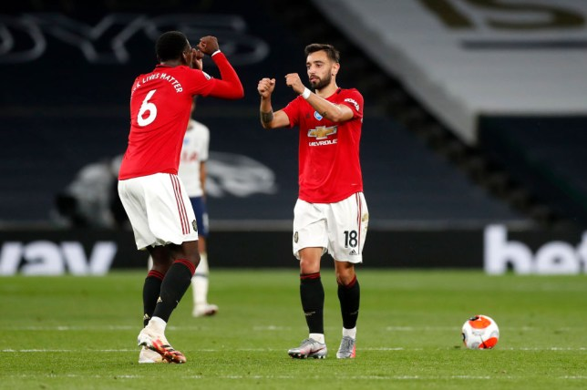 Manchester United midfielders Bruno Fernandes and Paul Pogba