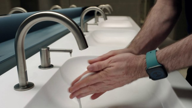 Apple Watch will start a countdown timer when it detects you washing your hands (Apple)