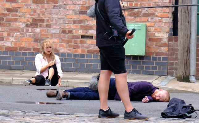 Coronation Street films word's first socially distanced stunt