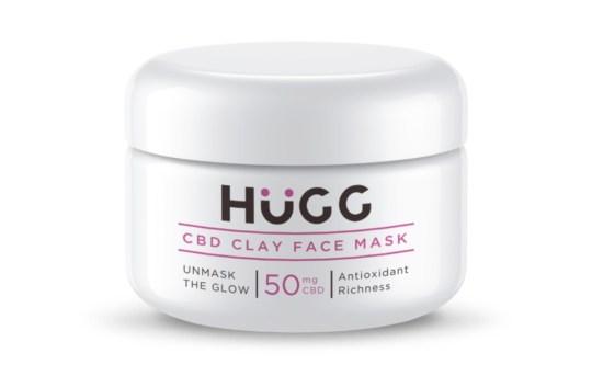 migliori prodotti per la cura della pelle all'olio di CBD: Maschera viso all'argilla CBD Hugg