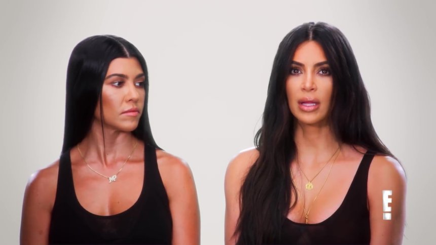 Kourtney and Kim Kardashian on Keeping Up With The Kardashians