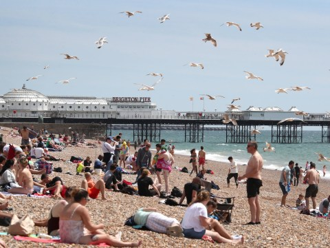 UK hotter than Mexico as Brits flock to beach to bask in sunshine