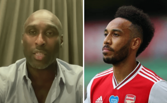 Sol Campbell offers advice to Pierre-Emerick Aubameyang