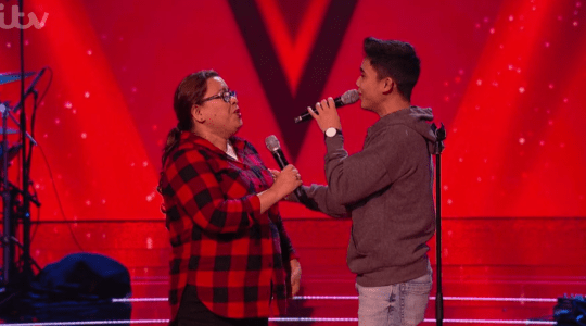 Joshua and his mum singing on The Voice Kids