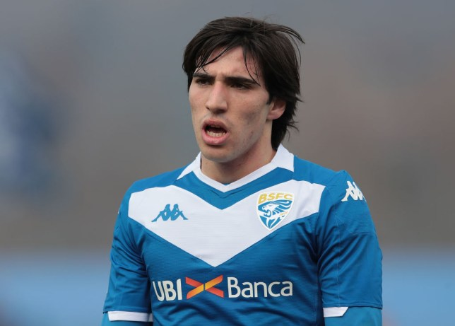 Brescia midfielder Sandro Tonali is on Manchester United's radar