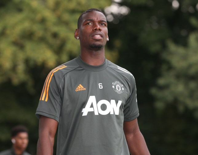 Pogba looks set to stay at United