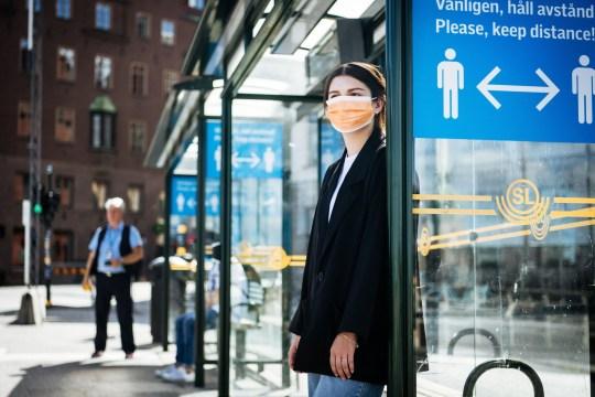 Bien que cela ne soit pas forcé, certains ont quand même choisi de porter un masque et d'assurer la sécurité.