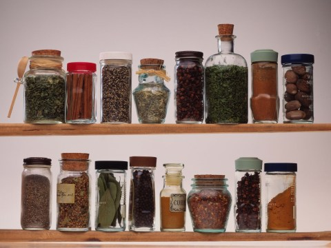 Home cook reveals hack which stops herbs and spices 'clumping up' at the bottom of the jar