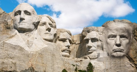 Trump-asked-for-his-face-to-be-added-to-Mount-Rushmore-7cdd.jpg?quality=90&strip=all&zoom=1&resize=480%2C252&ssl=1&profile=RESIZE_710x
