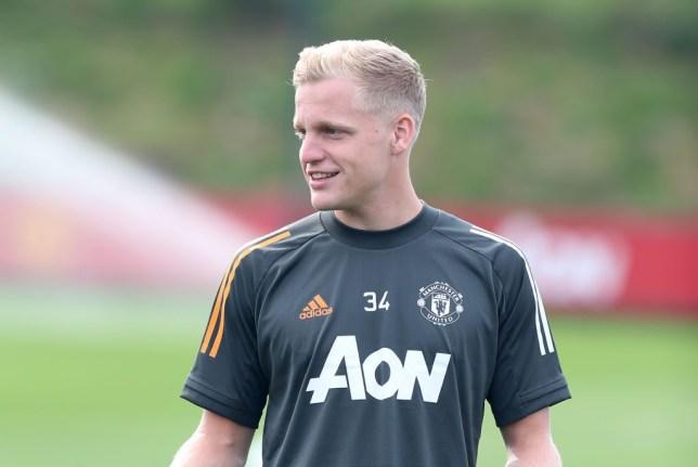 Manchester United new boy Donny van de Beek reveals position he'll play