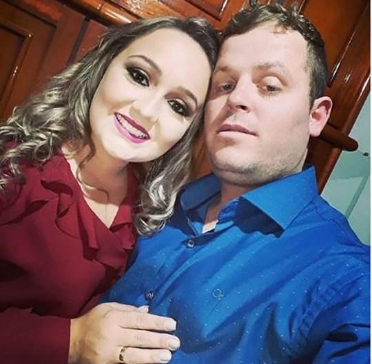 Flavia Godinho Mafra Mum `` a eu un bébé à naître coupé d'elle lors d'une fausse douche de bébé '' Photo: pas de crédit METROGRAB https://www.instagram.com/flaviagodinho.mafraofc/
