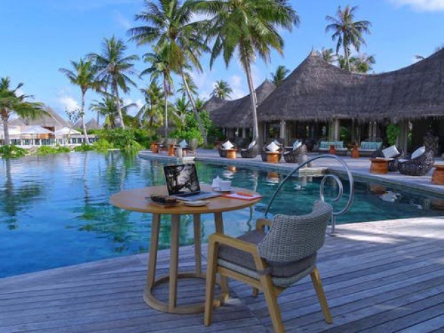 Wildly expensive Maldives remote working package