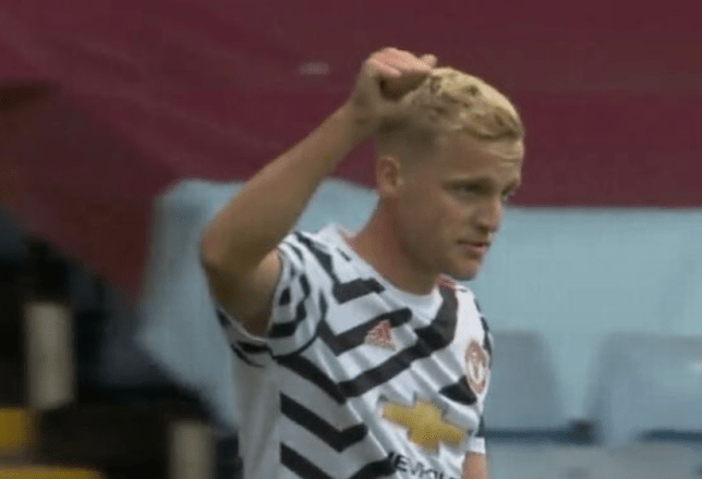 Donny van de Beek looks on during Manchester United's friendly defeat to Aston Villa