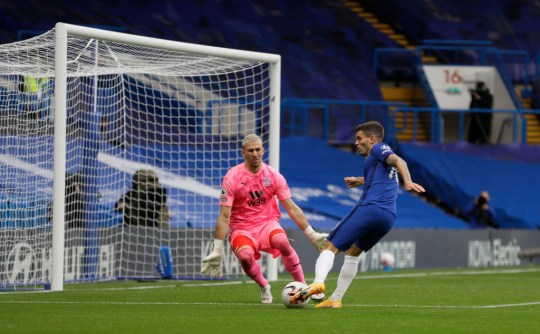 Christian Pulisic takes a shot during Chelsea's Premier League clash with Crystal Palace