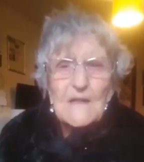 This wonderful lady is Mary Fowler, born 1916, the year of the Battle of the Somme. All she wants is to be with her family & she can?t ??@scotgov? This 104 yr old asked her daughter to film her plea, ???@ScotGovFM
