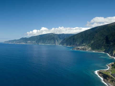 Discover the breathtaking islands of the Madeira Archipelago for your next adventure