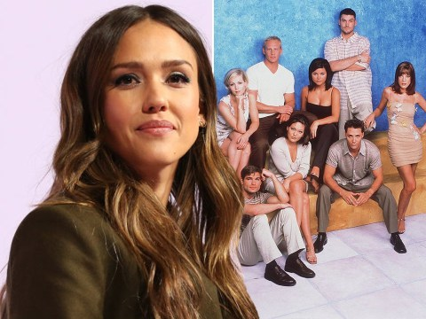 Jessica Alba wasn't 'allowed to make eye contact' with the cast of Beverly Hills 90210