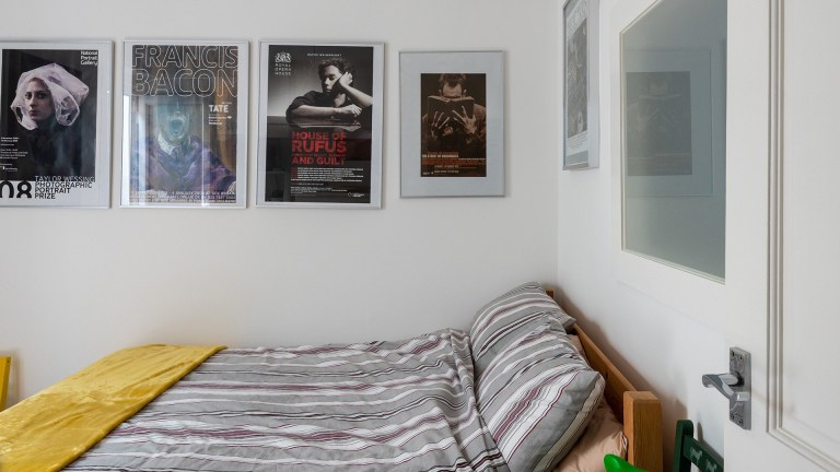 bedroom in london tower up for sale