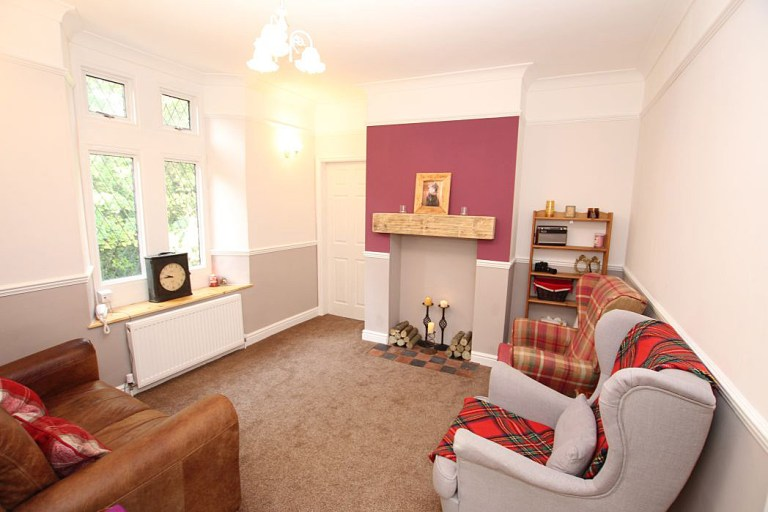 gatehouse with its own turret for sale - the living area