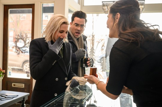 Kristen Stewart and Dan Levy going engagement ring shopping in Happiest Season