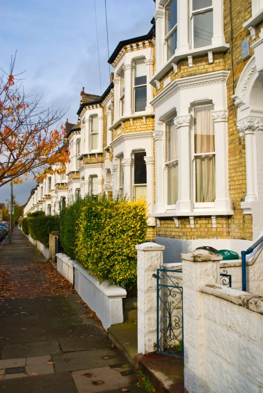 BH3KCB Street with houses Wandsworth SW11 London England UK Europe