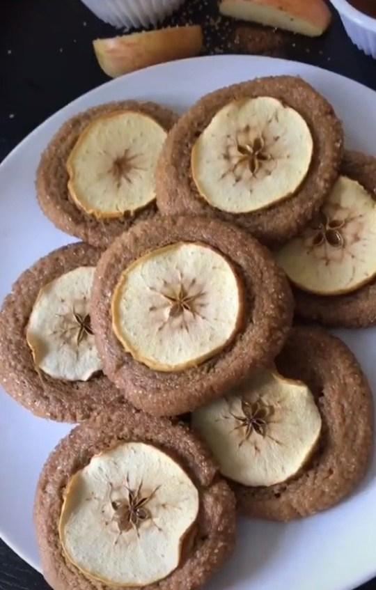 The nutmeg ginger apple snaps from Fantastic Mr Fox