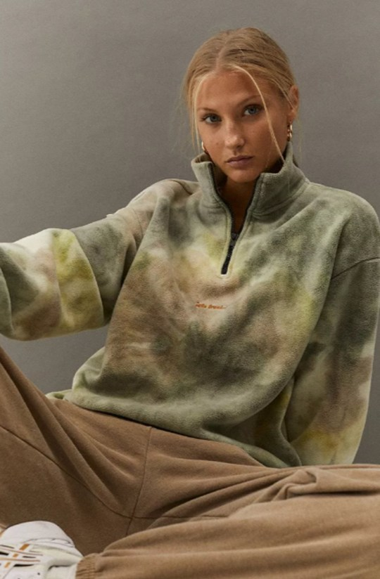 The 90s fleece is back ? here is where to buy the best Picture: Urban Outfitters