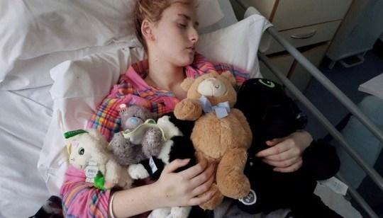 Amber Hanna in hospital