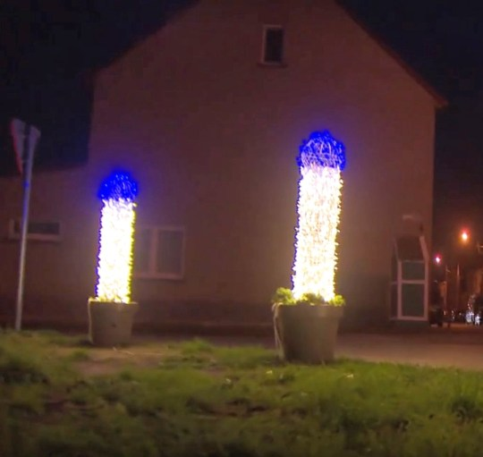 The Christmas decorations in the municipality of Oudenburg. (Newsflash)