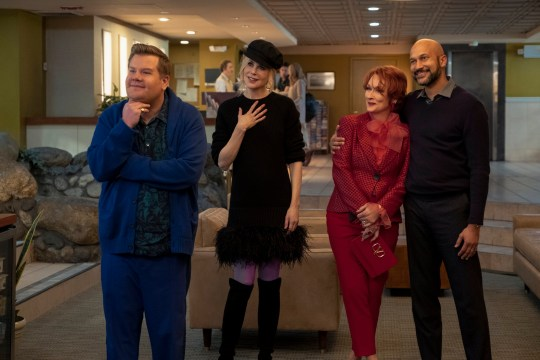 THE PROM (L to R) JAMES CORDEN as BARRY GLICKMAN, NICOLE KIDMAN as ANGIE DICKINSON, MERYL STREEP as DEE DEE ALLEN, KEEGAN-MICHAEL KEY as MR. HAWKINS in THE PROM. Cr. MELINDA SUE GORDON/NETFLIX ? 2020