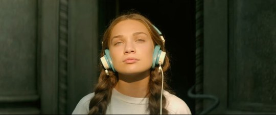 Maddie Ziegler plays autistic character in Music