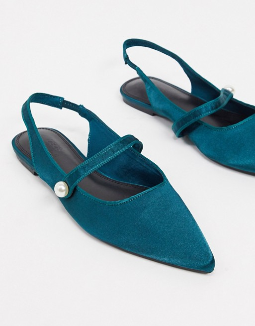 Teal pointed Mary Jane pumps