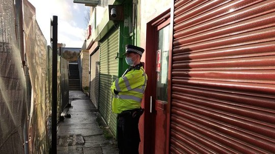 A body was found in a hostel above a salon in Southall, London, with locals claimed it is a woman's body that was stuffed into a suitcase.
