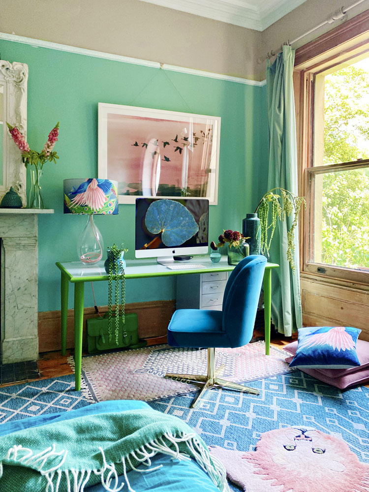 What I Rent: Anna, Crystal Palace - home office in bedroom