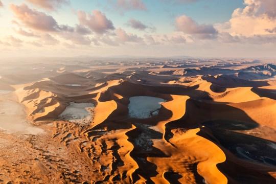 Sossusvlei, Namib-Naukluft National Park, Namibia, Africa.