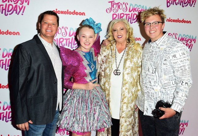 Tom Siwa, JoJo Siwa, Jessalynn Siwa and Jayden Siwa and JoJo Siwa