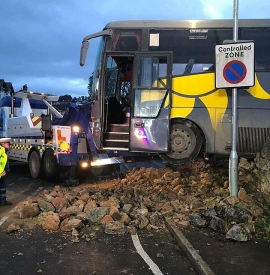 College bus carrying 37 kids crashes into brick wall