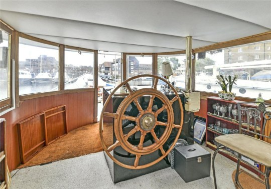 the inside of a houseboat