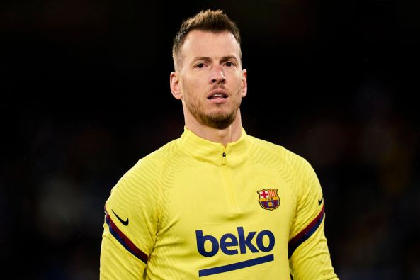 Barcelona respond as Arsenal target Neto requests transfer