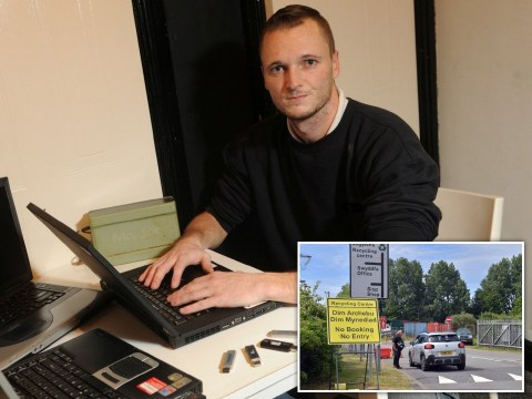 Man offers £55,000,000 reward for finding £230,000,000 fortune he threw away