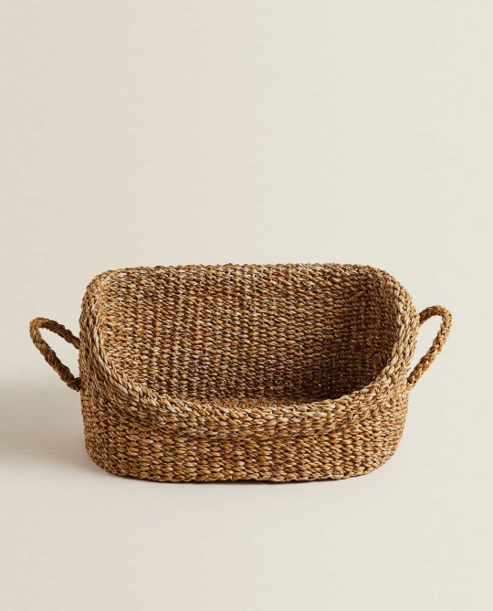 Wicker basket from Zara pet collection