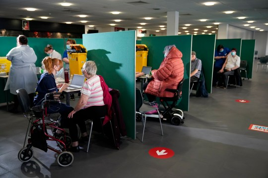 Coronavirus UK: 500,000 teachers and officers could jump vaccine queue