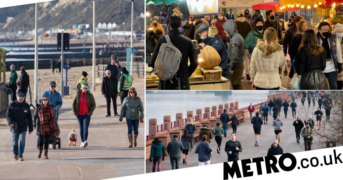 Brits flock to parks over the weekend despite being told to stay at home - Metro.co.uk