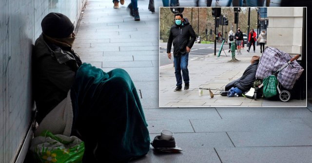 There were almost 1,000 deaths of homeless people in 2020