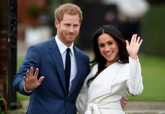 epa09023604 (FILE) - Britain's Prince Harry pose with Meghan Markle during a photocall after announcing their engagement in the Sunken Garden in Kensington Palace in London, Britain, 27 November 2017 (reissued 19 February 2021). Buckingham Palace announced on 19 February that Harry and Meghan have confirmed to Queen Elizabeth II that they will not be returning as working members of the Royal Family. EPA/FACUNDO ARRIZABALAGA *** Local Caption *** 56689949