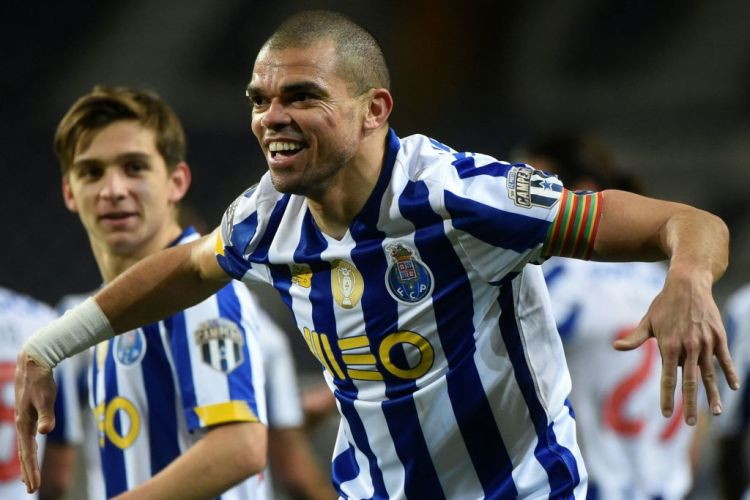 Porto ace Pepe fires warning to Chelsea ahead of Champions ...